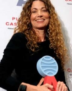 Ángela Becerra -ganadora